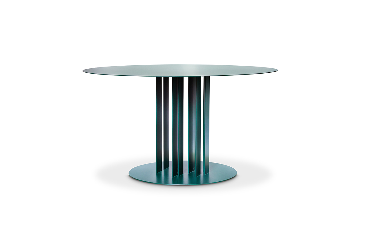 LINED DINING TABLE